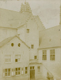 Lo: stadhuis voor de Eerste Wereldoorlog
