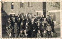 Woesten: de klas van zuster Josefa