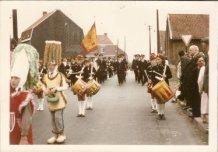 Hollebeke: fanfare Sint-Cecilia uit Zillebeke in de stoet Hollebeke-1000