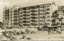 De Panne: strand en dijk ter hoogte van Grand Hôtel de l'Océan