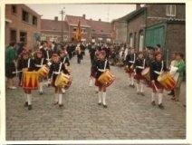 Hollebeke: muziekmaatschappij Sint-Cecilia uit Zillebeke in de stoet Hollebeke-1000