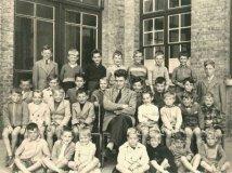 Nieuwpoort: klasfoto Sint-Bernarduscollege 1955-1956