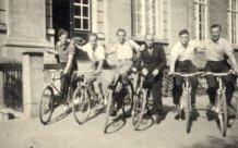Langemark: fietstochtje met de vrienden anno '50
