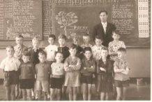 De Panne: klasfoto tweede leerjaar St.-Pieterscollege 1959-'60