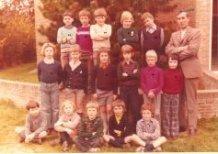 De Panne: klasfoto tweede leerjaar St.-Pieterscollege 1974-75
