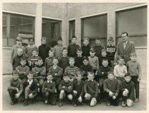 De Panne: 4de leerjaar St.-Pietersschool 1964-1965