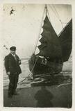 De Panne: schilder Louis Van den Eynde op het strand