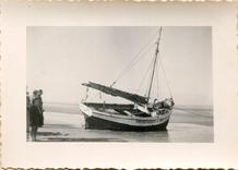 De Panne: een kotter uit het fotoalbum van schilder Louis Van den Eynde