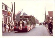 Hollebeke: de eerste trein in de stoet Hollebeke-1000