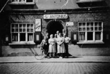 Poelkapelle: café St-Antonius