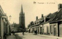 Poperinge: Onze-Lieve-Vrouwekerk in de Noordstraat