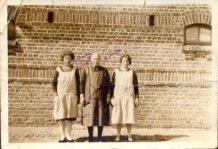 Hollebeke: twee generaties landbouwvrouwen