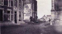 Lo: hoek Markt en Ooststraat tijdens de Eerste Wereldoorlog