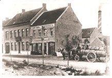 De Panne: café 'In het Handelshuis'/ A la Ferme - een eeuweling