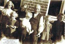 Blatezak ( Langemark):Georges Courtens met zijn kleinkinderen