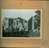 Kortemark: het oude kerkhof tijdens het puinruimen