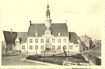 Oostduinkerke: gemeentehuis
