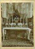Poperinge: altaar en mirakelbeeld van Sint-Janskerk anno 1905