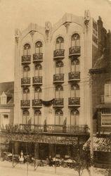 De Panne: het Hôtel de la Marine in de Zeelaan