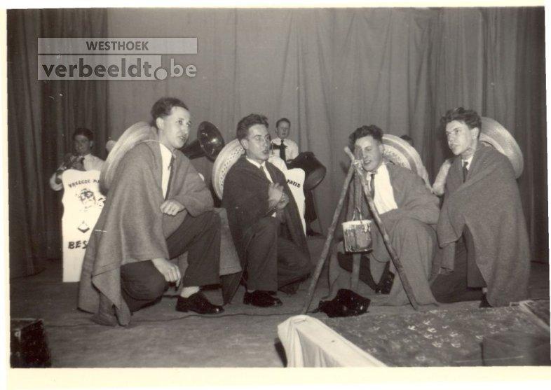 Beselare: Vreugde na arbeid brengt bonte avond 1953