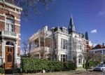 Prinsevinkenpark 25-27, met rechts de Riouwstraat; vervaardiger: Musterd, Pieter…