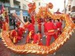 Viering van het Chinese nieuwjaar in de Wagenstraat bij de St. Jacobstraat; verv…
