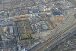 Luchtfoto van de Binckhorst met rechtsonder de A12 en de spoorlijn. Horizontaal …