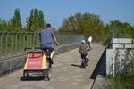 Landscheidingsweg, viaduct voor fietsers en wandelaars; vervaardiger: Oosterhout…