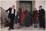 Bekendmaking op paleis Huis ten Bosch van de verloving van prins Constantijn met…