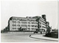 Flatgebouw Catsheuvel kort na de bouw (ca. 1929, fotograaf: C.A. Schouten)