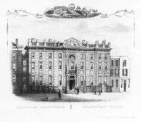 De Koninklijke Bibliotheek aan het Lange Voorhout; m.b. voorwerpen refererende aan kunst en wetensch ...