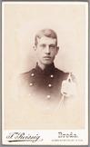 Portret van voren van een militair, Cartes-de-visites gemaakt door Franz Reissig…