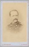 Portret van 2e luitenant der genie H.E. Beekman