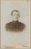 Portret van voren van een 2e luitenant