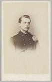 Portret van een 1e luitenant met het hoofd schuin naar rechts gedraaid, Cartes-d…