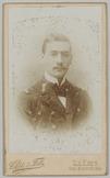 Portret van een militair van de marine