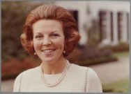 Prinses Beatrix bij Kasteel Drakensteyn