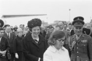 Prinses Beatrix terug in Nederland, Prinses Beatrix en Prinses Christina
