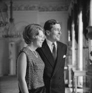 Prinses Beatrix en Claus von Amsberg in paleis Soestdijk, 1965