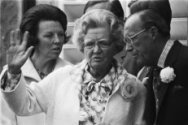 Defile Soestdijk 78; Prinses Beatrix , koningin Juliana en Prins Bernhard (close…