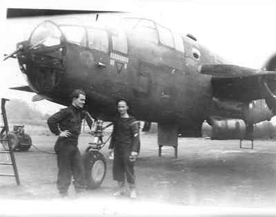 Middelzware bommenwerper North American B-25C  Mitchell   (1943-1945), van VSQ 320