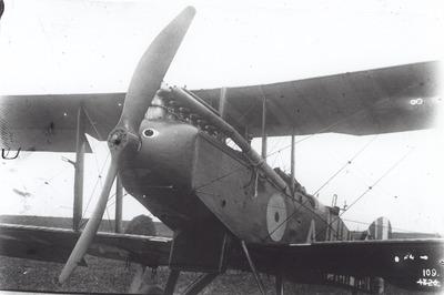 """DH.9 B7620 """"A"""" van RAF No. 211 Sq. te Breskens op 27 juni 1918."""
