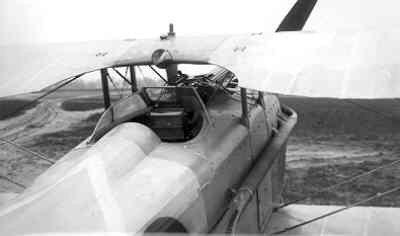 SPAD S.7 C.1 SPA210. Vorige (franse) registratie 1832. Cockpit van rechts achter.