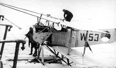 Verkenningsvliegtuig Van Berkel WA (W-53) (1919-1933) met BMW-motor en gewijzigde radiateur