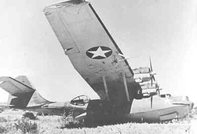 Crash van de Consolidated Catalina PBY-5, Y-81 te Gura,Eritrea. Het toestel werd door een PAA-crew vanuit Miami naar Ceylon overgevlogen