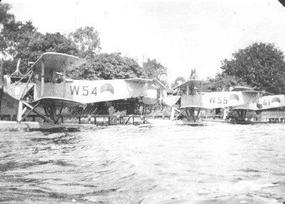 Van Berkel WA lichte verkenningsvliegtuigen met drijvers (1919-1933) W-54, W-55 en W-61 op de Loosdrechtse Plassen