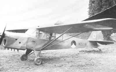 Auster AOP Mk.3 in Nederlands-Indië in camouflage kleuren.