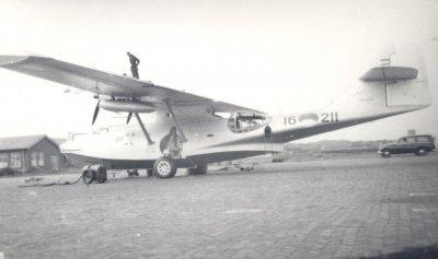 Maritieme patrouilleamphibie    Consolidated PBY-5A (1951-1952) Catalina.  Regnr.16-211. 20-12-1952 verongelukt bij Libanon