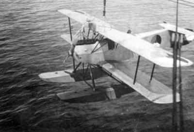 Verkenningsvliegtuig Van Berkel WA (1919-1933), aan boord Hr.Ms. Evertsen