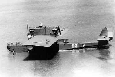 Maritieme patrouillevliegboot Dornier Wal D 31 (1929-1940) Aviolanda Papendrecht/Ned. Ten anker op marinevliegkamp Morokrembangan